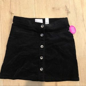 Black skirt w/buttons